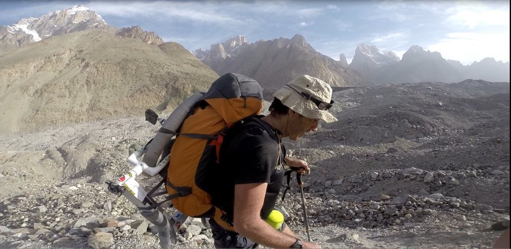 Hiking up the Baltoro