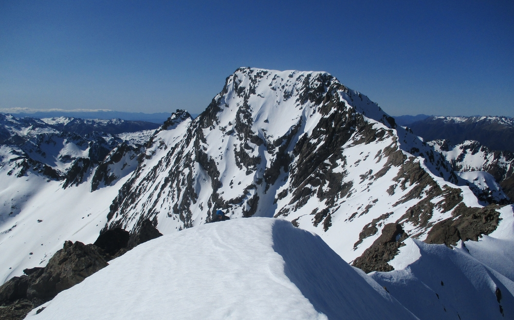 on the ridge looking North to Mount Chittenden 2215m