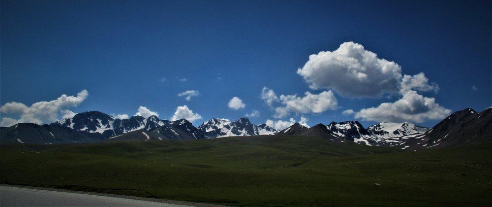 summit Ala Bel pass 3184 m