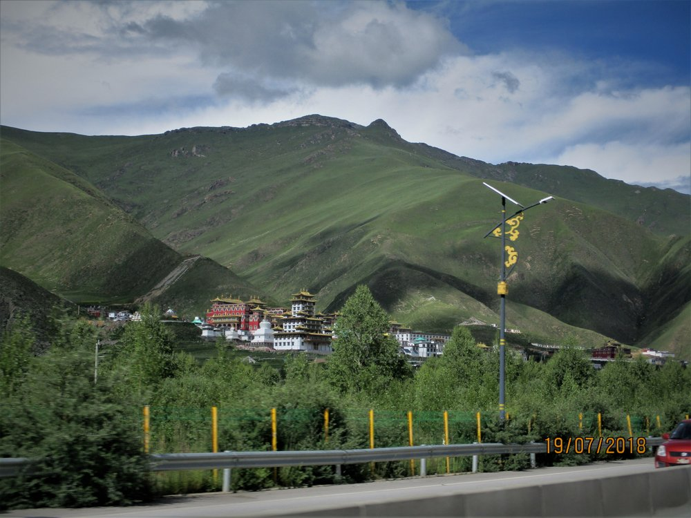 Large Buddist temple outside Yushu