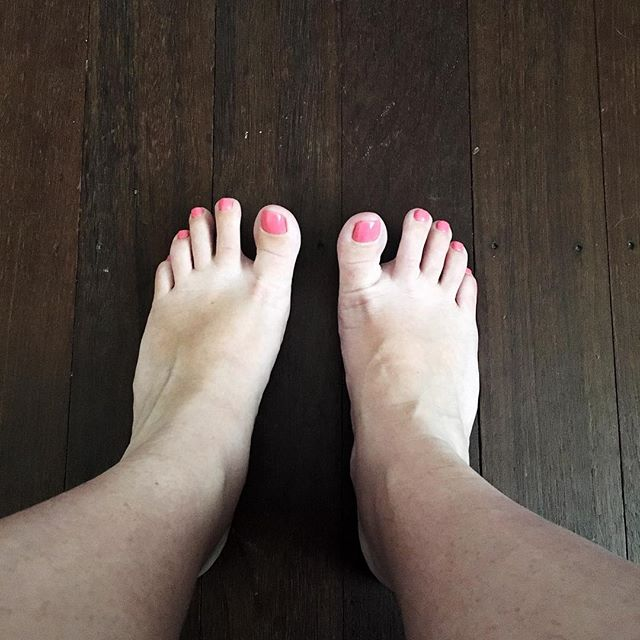 Puffy ankles and new pink toes, 36 weeks pregnant! #pregnancy #36weeks #pedicure #pink
