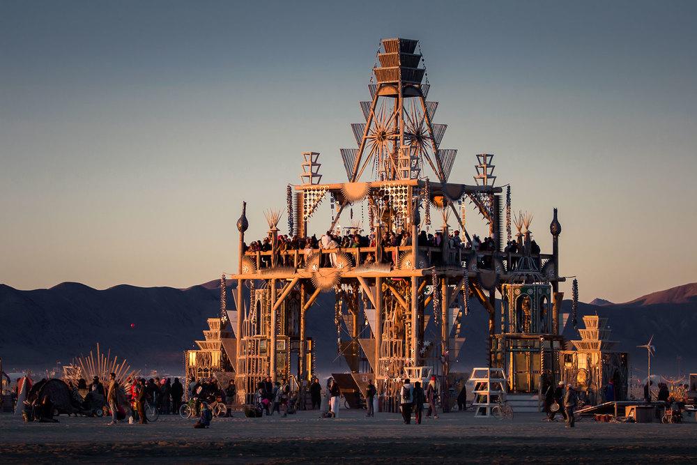 Burning Man's Basura Sagrada temple by Shrine, TukTuk, and the Basura Sagrada Collaboratory. Photo by:  Scott London