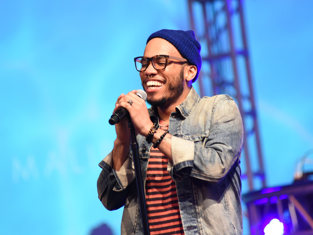 http://static.spin.com/files/2016/01/2015114-anderson-paak-review.jpg