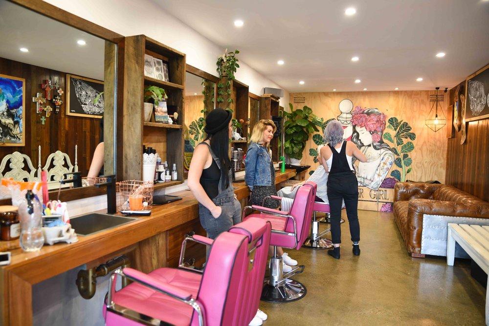 Barber Girl Barber Shop