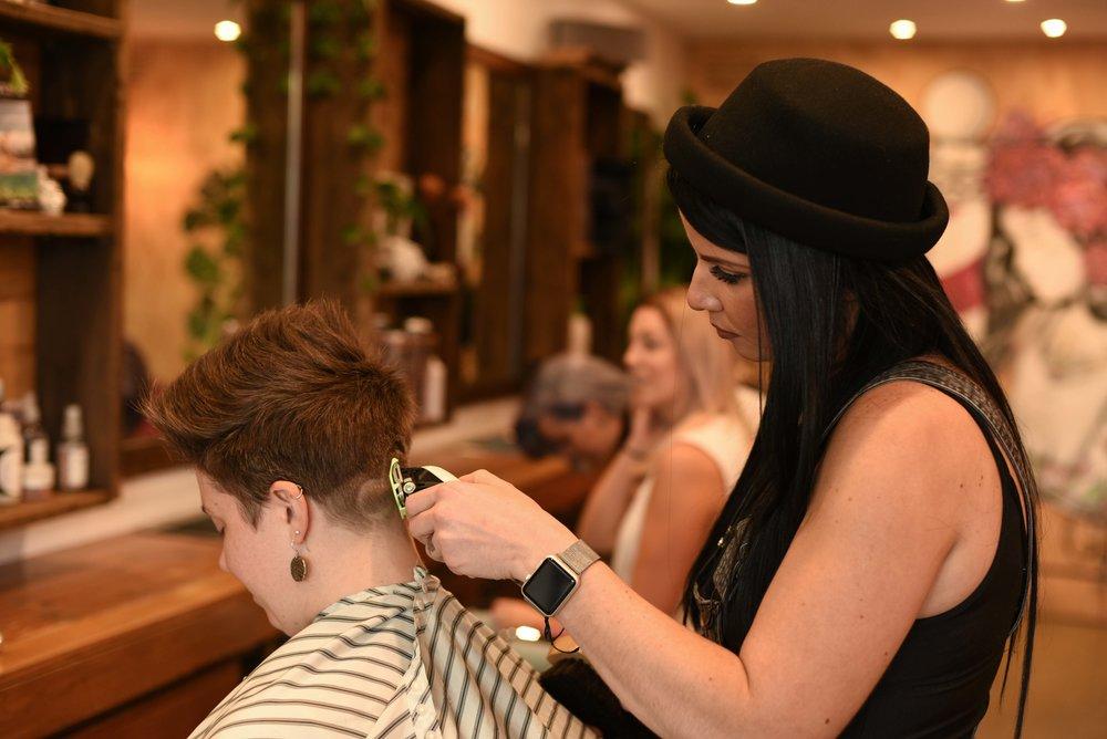 Barber Girl