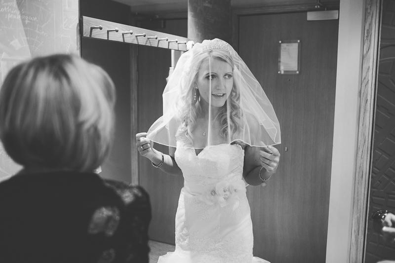 Jodie & Stephen wedding in Chester by Liron Erel 0018
