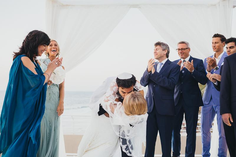 מלאני ודניאל חתונה בבית על הים לירון אראל צלם 0052