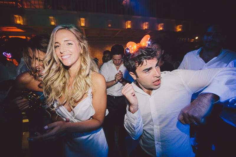 מלאני ודניאל חתונה בבית על הים לירון אראל צלם 0097