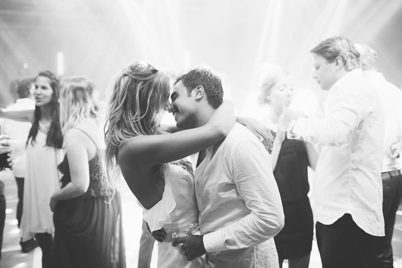 מלאני ודניאל חתונה בבית על הים לירון אראל צלם 0103