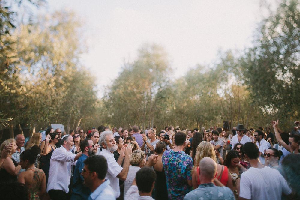 Teepee Festival Wedding - Liron Erel Echoes & Wildhearts 0049.jpg