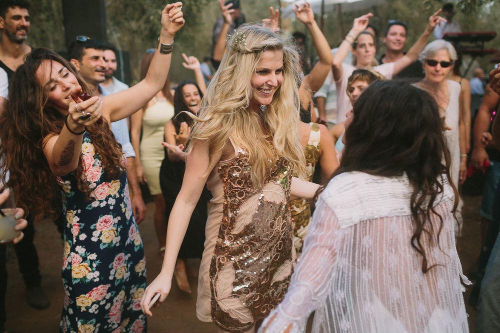 Teepee Festival Wedding - Liron Erel Echoes & Wildhearts 0058.jpg