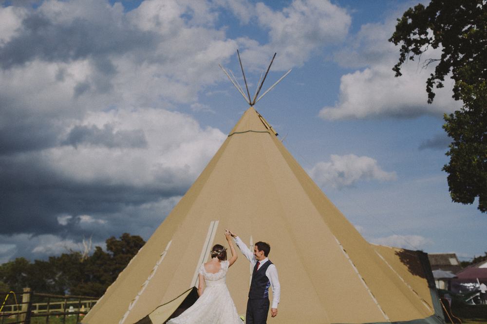 To Build a Home // UK Teepee Wedding