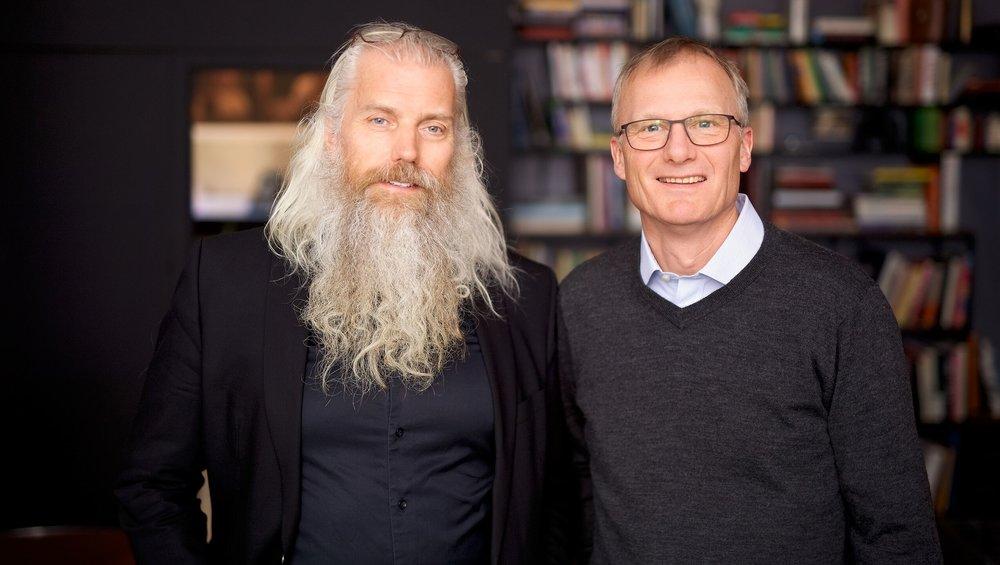 Erling Johansen (t.v.), daglig leder i Fotografihuset AS, og Kjell Kalland, adm. dir. i HAV Eiendom. (Foto: CF-Wesenberg)