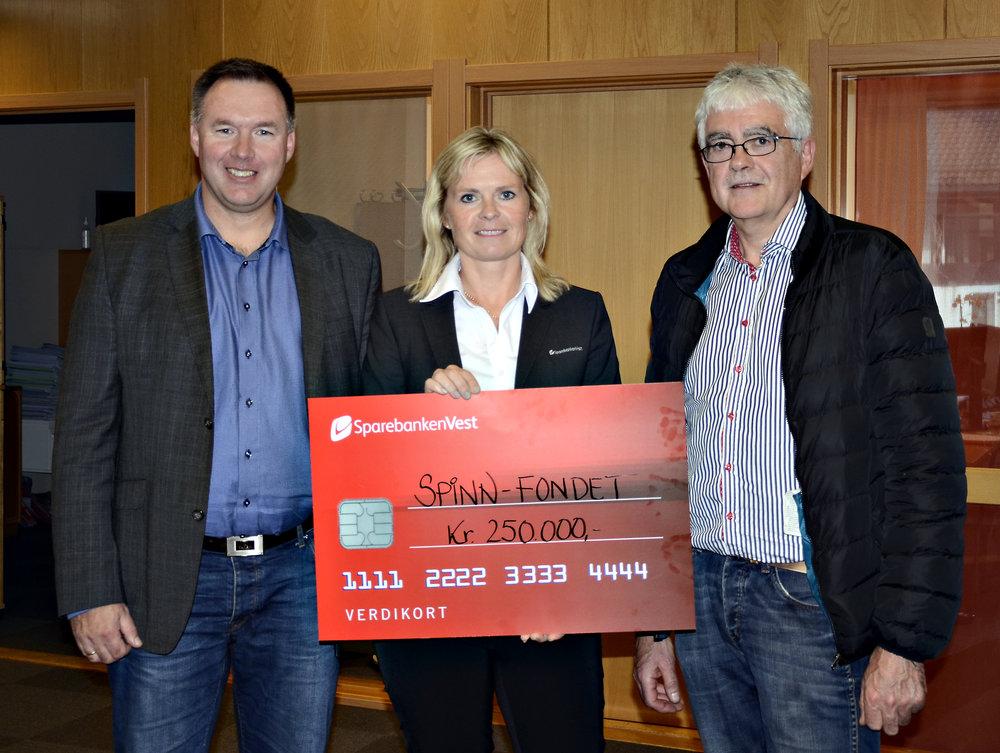 Fjorårets jury presenterte fondets opprinnelige pot på 250.000 kroner.