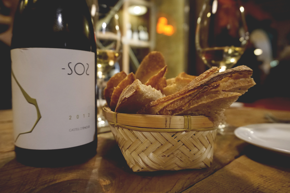 Great wine and bread at Can Cisa, Barcelona, Spain