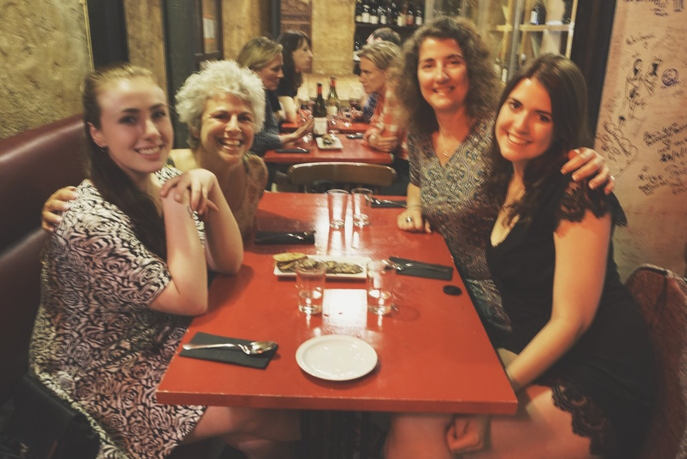 (Old) friends at my favorite (been there once before) restaurant, Can Cisa, El Born, Barcelona, Spain