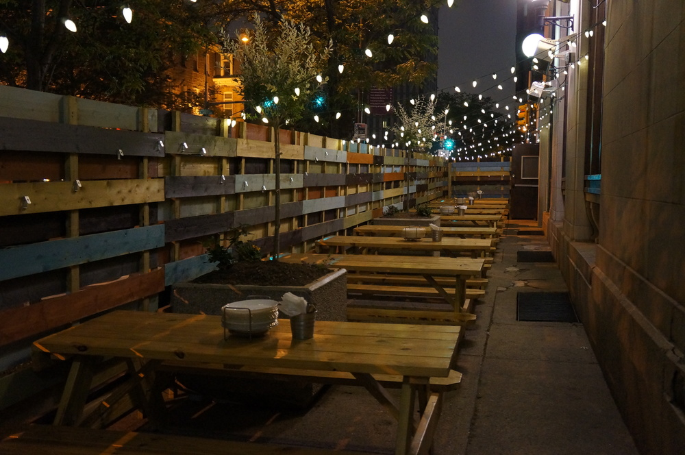 Outdoor Patio Nighttime - William Street Common.JPG