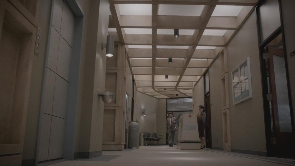 34a AM305_SC22 fbi hallway.jpg