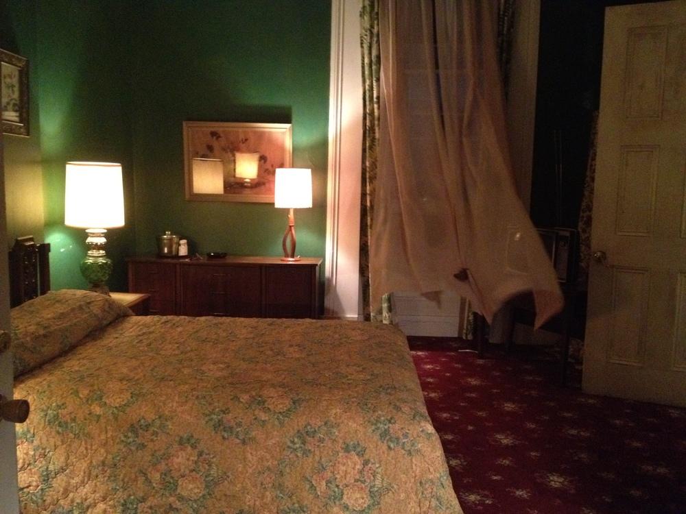 21 negro hotel3.jpg