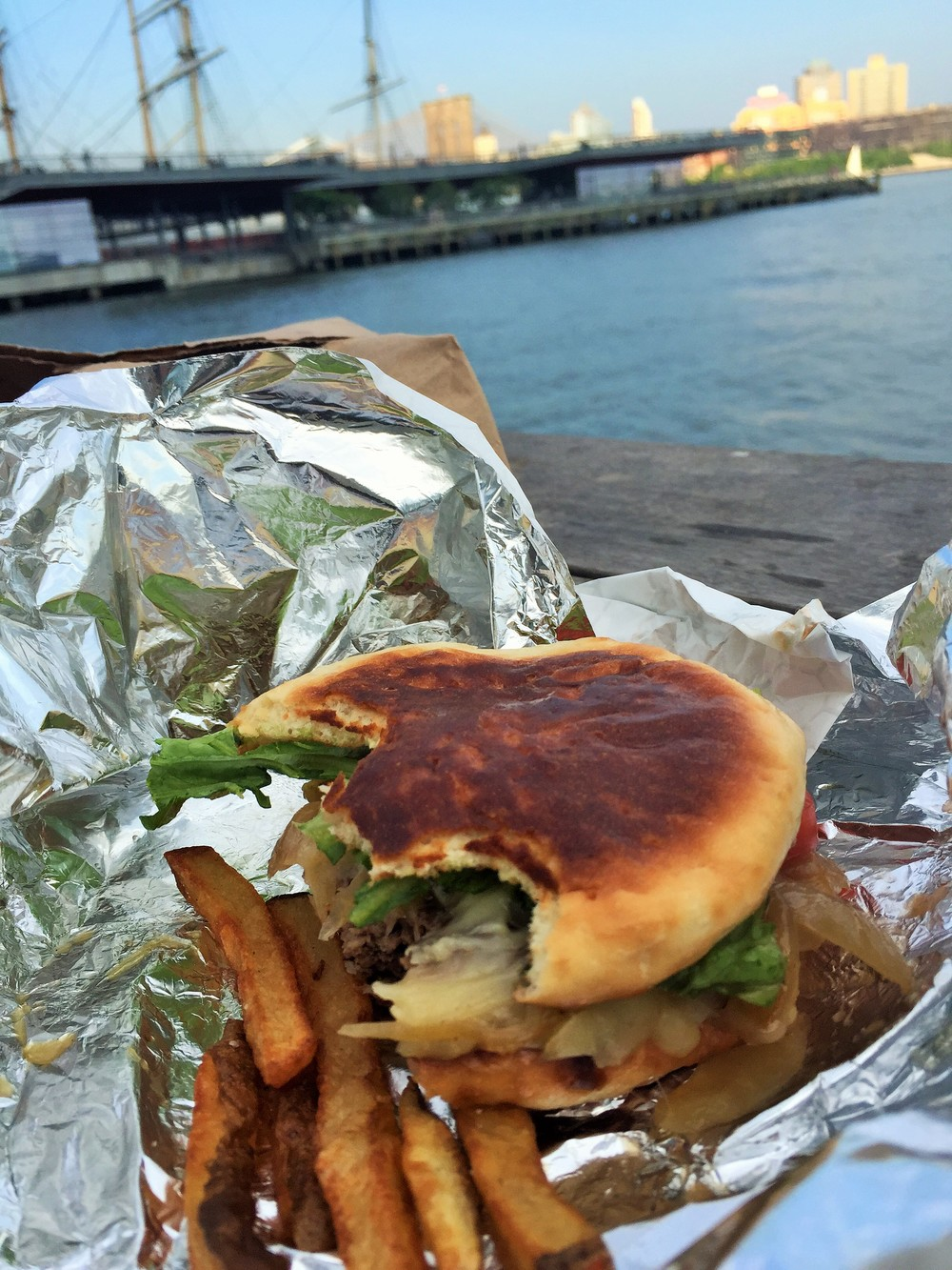 Burgers, Brooklyn Bridge and East River