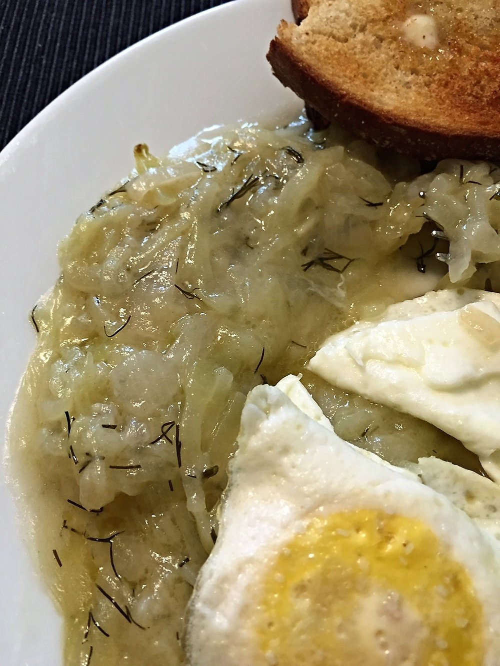 Tökfőzelék with eggs and toast