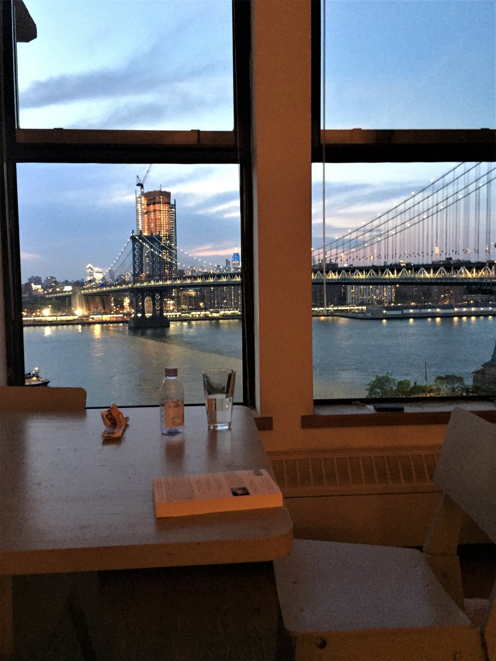 Room with a view - eyes right - Manhattan Bridge