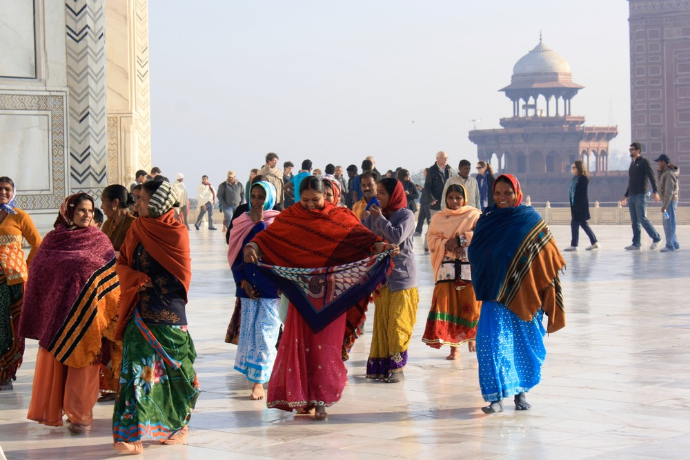 Women at the Taj Mahal