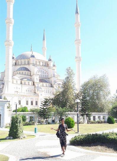 Alexy_Infront_Mosque.jpg