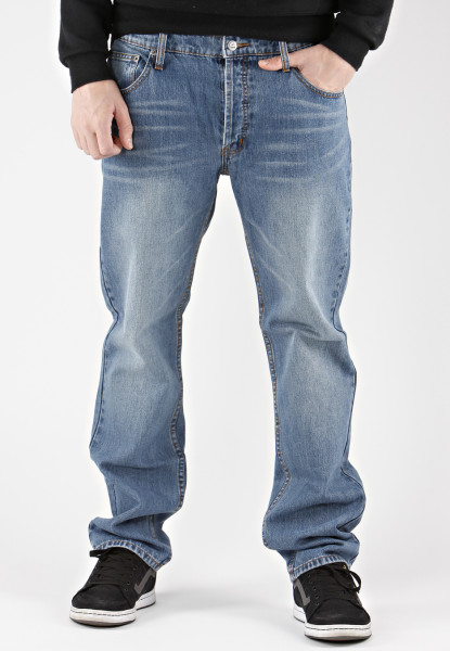 cheapmonday_fivemiddle_blue_jeans_lg_1-415x600.jpg