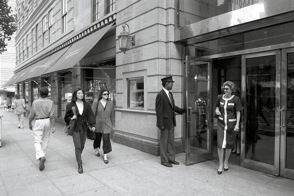Barneys New York - 1989