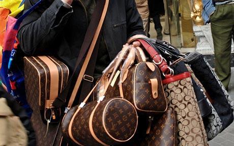 bags_1652327c.jpg