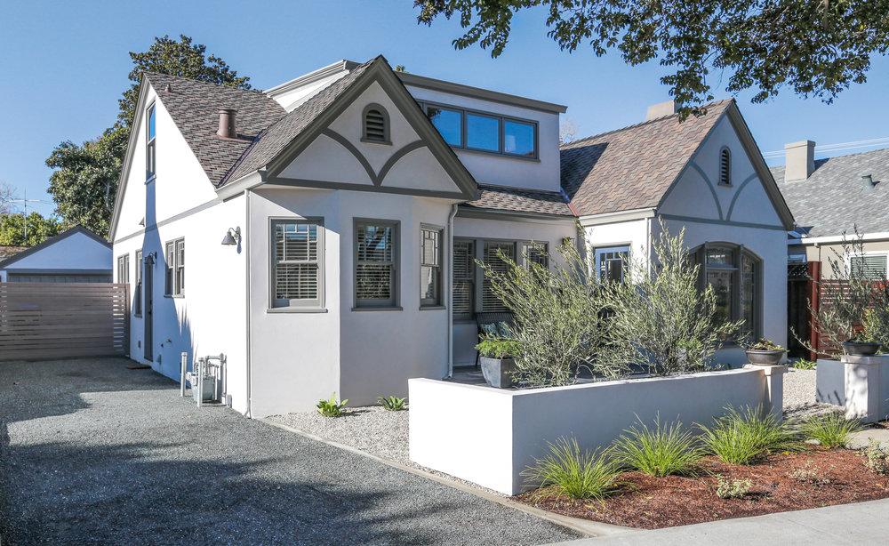 House exterior: BM Bruton White, Trim: BM Chelsea Gray
