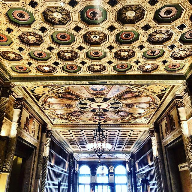 Wish things were still built like this. @biltmorehotel #la #design