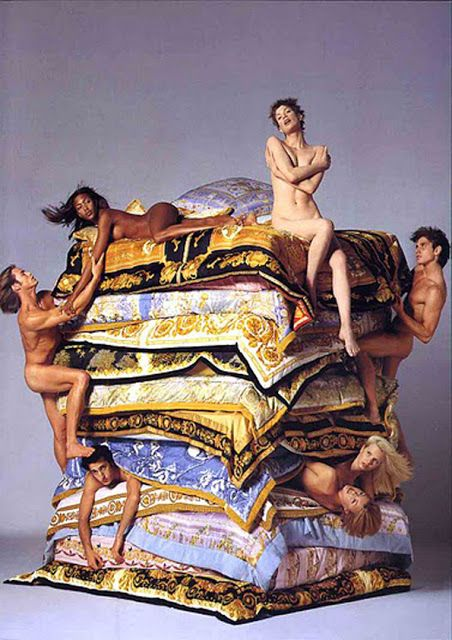 Richard Avedon for Versace S/S 1995 Campaign #SkirtingTheCarpet