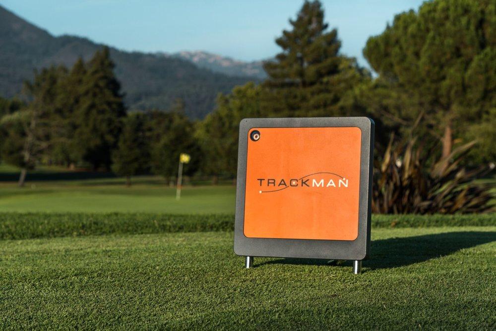 Rebecka Heinmert Oakmont Golf Course Photo Shoot -5.jpg