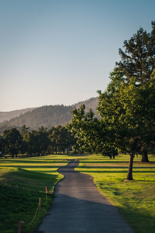 Rebecka Heinmert Oakmont Golf Course Photo Shoot Web Size -6.jpg