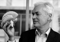 Succes-analist Ian Robertson vertelt je wat veel winnen, macht en succes met je hersenen doen (en hoe je voorkomt dat je een heel vervelend persoon wordt).