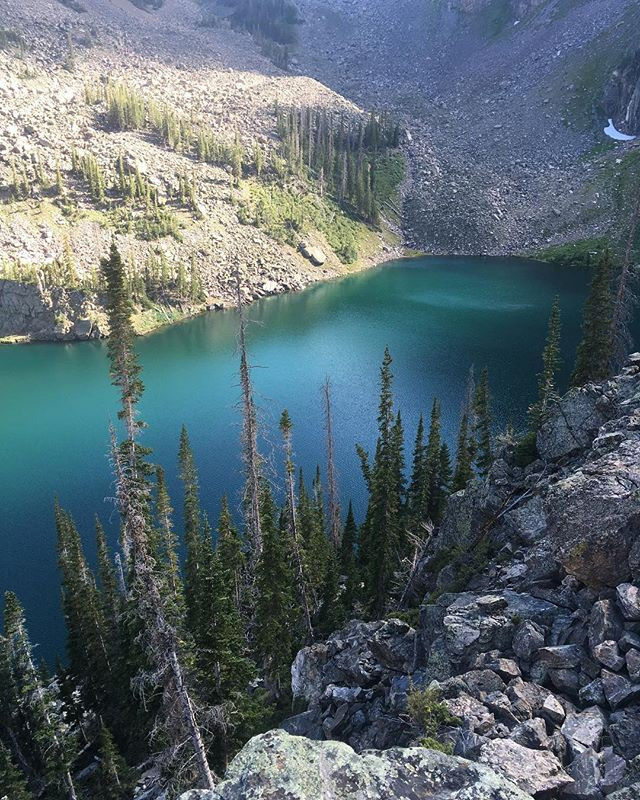 Mtn lakes have a soft spot in our hearts #adventureforever #mtnlake #mountainlake #lake #colorado #coldwater #getin #climbhigh #hikeitout #thatcolor #forreal #exploremore #getoutside