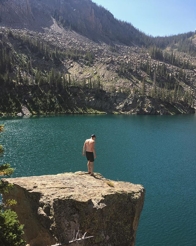 Don't think too hard or you'll never jump...... #adventureforever #cliffjumping #cliffs #mtnlakes #mountainlake #howhigh #geterdone #toomuchfun #outside #exploremore #explorecolorado #rush #heights #mountainlife #outsideisfree #mountains #lake #coldwater #justdoit