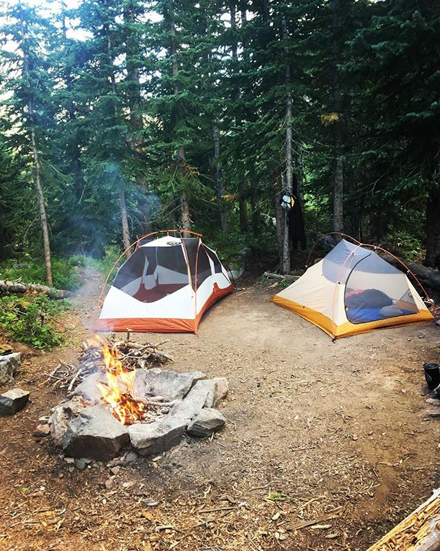 Probably going to freeze tonight but it's worth it! #campnow #camping #camp #adventureforever #getoutthere #fallcamping #coldnights #cuddleforwarmth #bestchoise