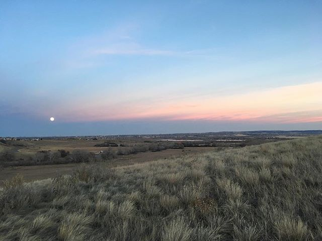 View from an evening run today #running #trails #trailrunning #supermoon #sunset #adventureforever #liveoutdoors