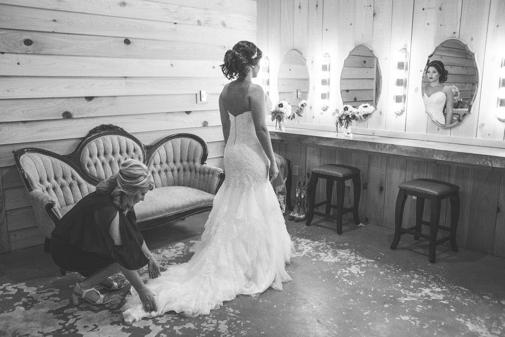Barn-Wedding-Ates-Ranch-Wedding-Photo-Photography-Video-Videography-Pensacola-Florida-Courtney-Clint-12.jpg