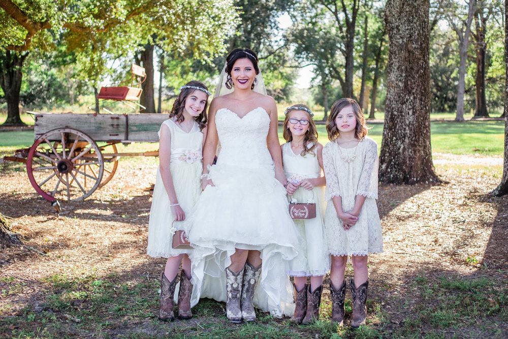 Barn-Wedding-Ates-Ranch-Wedding-Photo-Photography-Video-Videography-Pensacola-Florida-Courtney-Clint-19.jpg