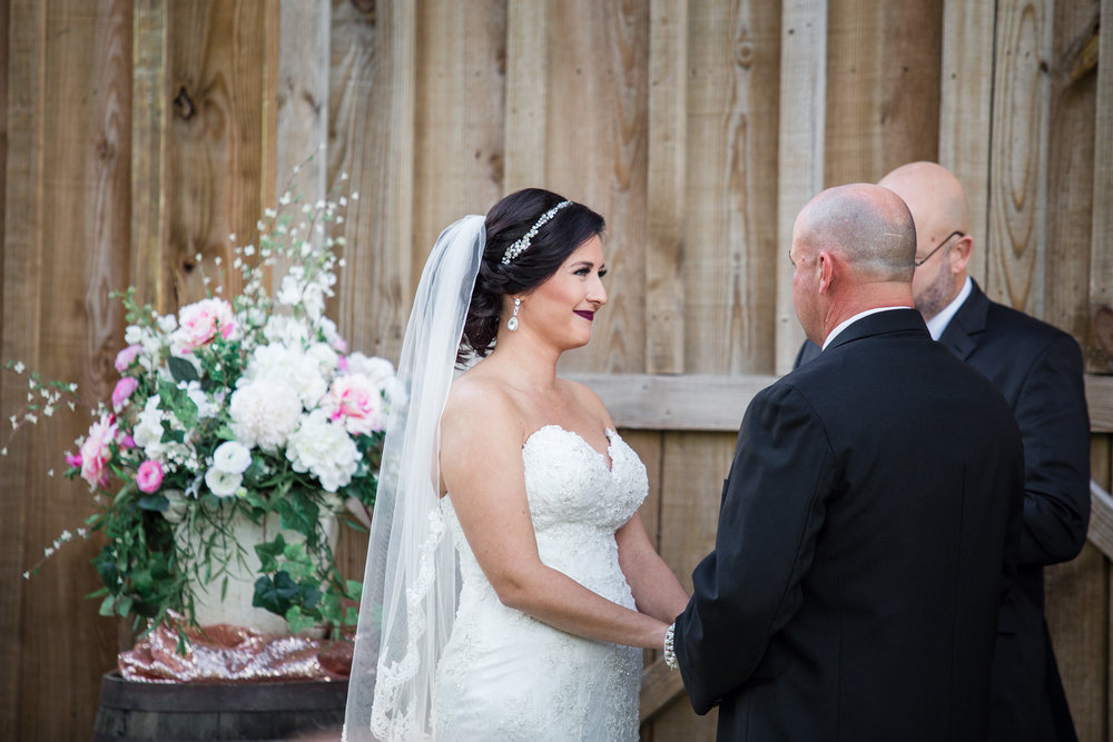 Barn-Wedding-Ates-Ranch-Wedding-Photo-Photography-Video-Videography-Pensacola-Florida-Courtney-Clint-30.jpg