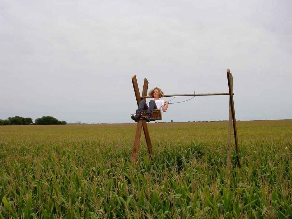 swing_2500 4.jpg