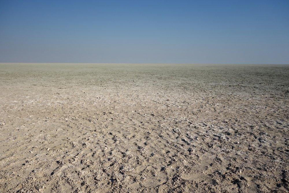 Namibia the pan 2.jpg