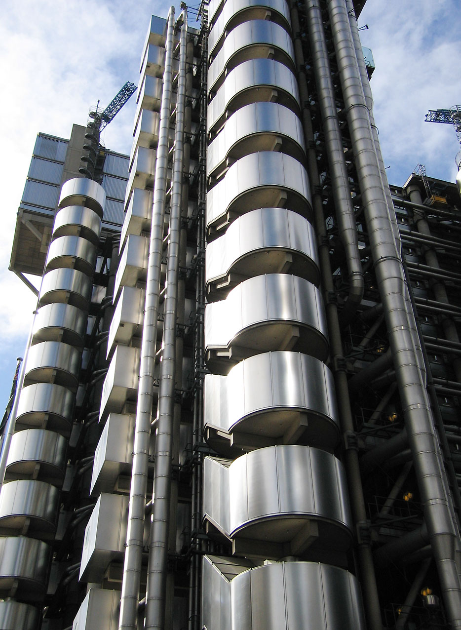 Lloyds Building 1986 by Richard Rogers.