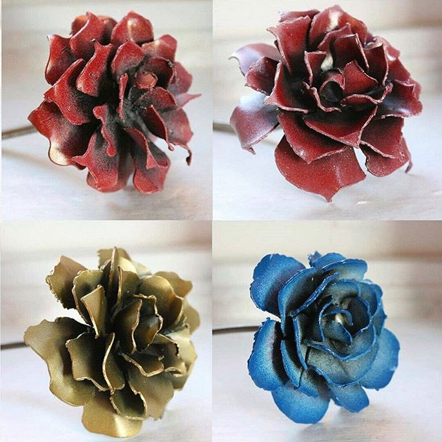 Loving how these steel roses turned out! #armoryfab #etsy #roses #metal #welding #valentines #gift