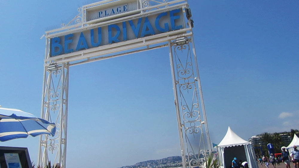 Plage Beau Rivage entrance Nice