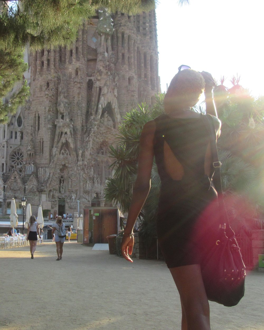 sagrada familia barcelona budget travel